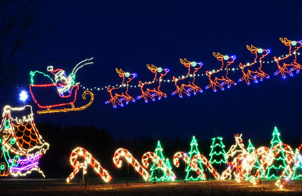 PETER R. BARBER/DAILY GAZETTE PHOTOGRAPHER An elaborate Christmas lights display covers the property of Quick Response on Route 9 in Clifton Park Tuesday, December 8, 2015.